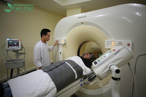 Máy chụp cắt lớp CT 64 dãy tại Bệnh viện Thu Cúc cho phép chẩn đoán bệnh chính xác và nhanh chóng.