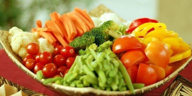Người bị ung thư nên bổ sung đầy đủ dưỡng chất tăng cường thể lực