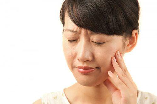 Bệnh nhân cũng thường gặp vấn đề về răng miệng trong quá trình điều trị