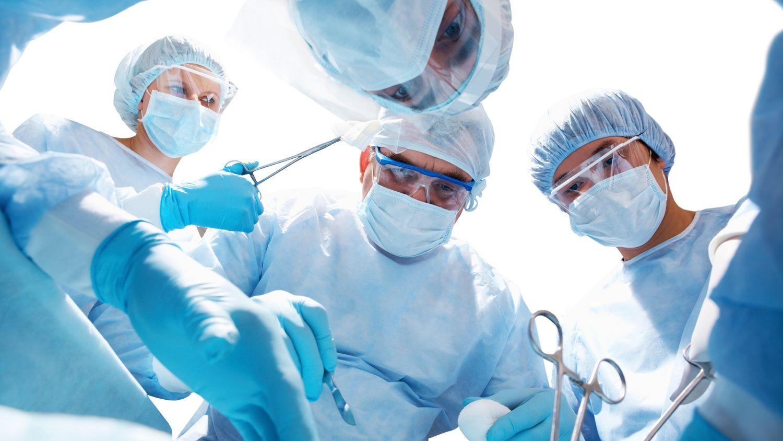 Phương pháp phẫu thuật chỉ áp dụng trong một số tình huống nhất định.
