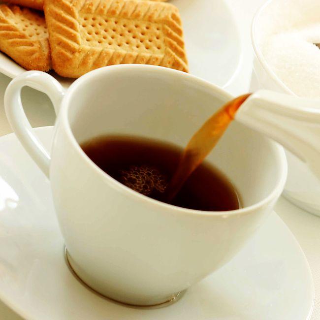 Uống trà đen có tác dụng ngừa ung thư buồng trứng