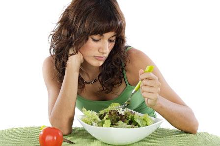 Ung thư vú di căn có thể gây mệt mỏi, sút cân, chán ăn ở bệnh nhân.