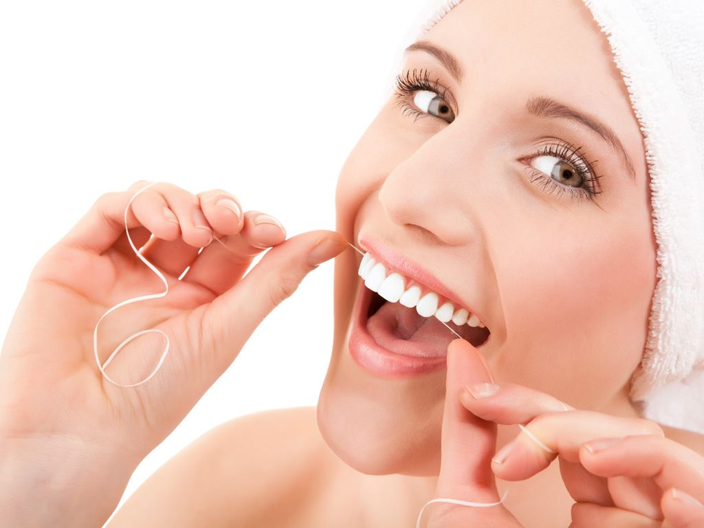 Khi bị chứng khô miệng, nên chăm sóc răng miệng thật tốt, sẽ làm giảm bệnh sâu răng và bệnh về nướu.