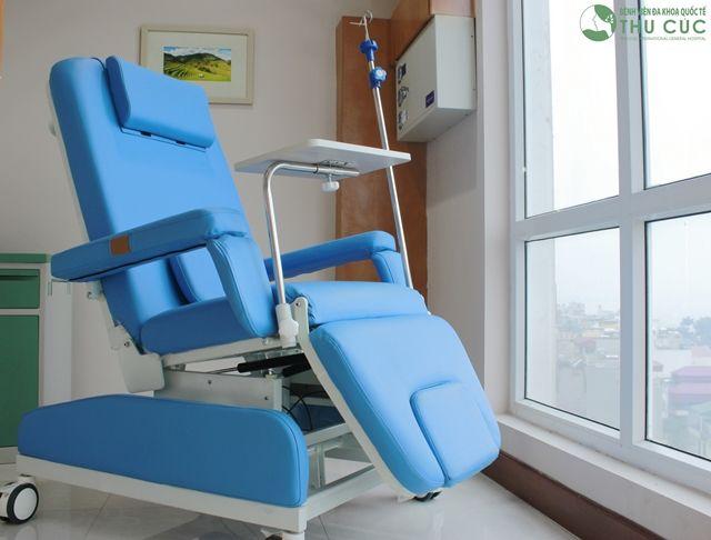 Ghế truyền hóa chất hiện đại, tiện nghi tại Bệnh viện Thu cúc.