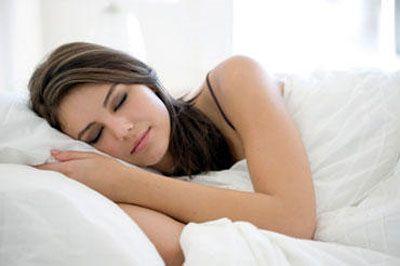 Nên ngủ với tư thế ngực và đầu hơi cao để phòng tránh ung thư thực quản.