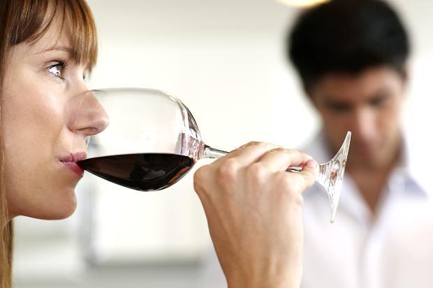 Rượu làm tăng khả năng tái phát ung thư sau khi điều trị.