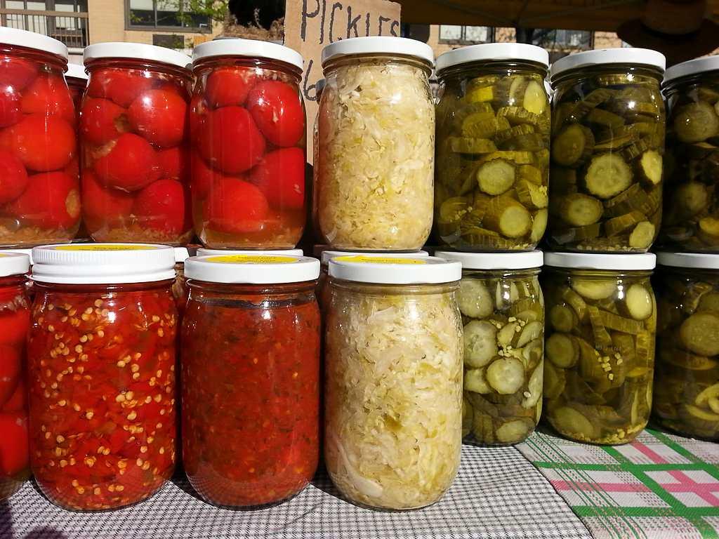Ăn quá nhiều dưa chua, dưa muối có thể làm tăng nguy cơ mắc một số loại bệnh ung thư.