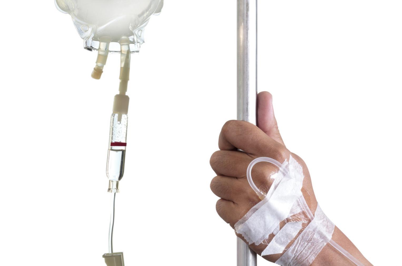 Hóa trị là một trong những phương pháp điều trị chính của bệnh bạch cầu lympho mạn tính.