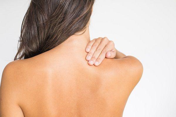 đau lưng và vai