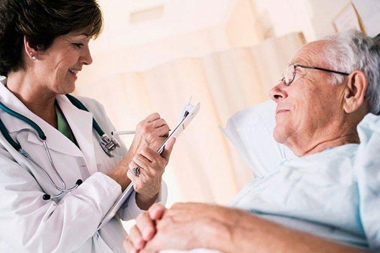 Tiên lượng của ung thư tuyến mồ hôi phụ thuộc vào thể trạng người bệnh, giai đoạn bệnh, kích thước khối u, tuổi tác...