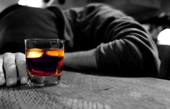 Có 20% người nghiện rượu xuất huyết tiêu hóa là do viêm dạ dày xuất huyết.