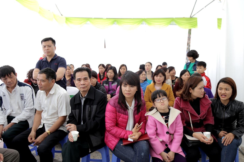 Đợt khám miễn phí lần này tại Lạng Sơn thu hút rất đông người dân tham gia.