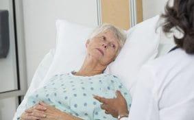 Chăm sóc đặc biệt cho bệnh nhân chịu nhiều biến chứng từ 2 bệnh ung thư
