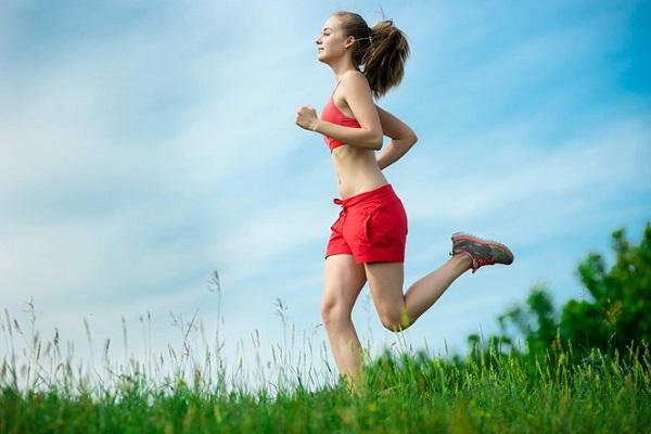 Để phòng ngừa ung thư cổ tử cung người bệnh cần duy trì chế độ sinh hoạt lành mạnh, tập thể dục hàng ngày