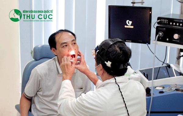 Người bệnh cần đi khám ngay khi thấy xuất hiện các triệu chứng của bệnh viêm họng mạn tính để kịp thời điều trị