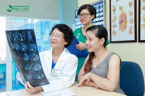 Người bệnh cần đi khám để bác sĩ chẩn đoán và điều trị sớm bệnh
