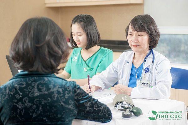 Người bệnh cần đi khám để bác sĩ chẩn đoán và điều trị hiệu quả bệnh