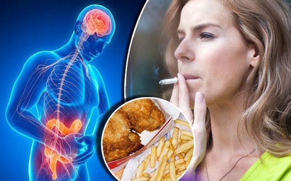 Có nhiều yếu tố làm gia tăng nguy cơ mắc ung thư đại trực tràng