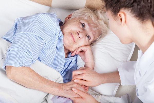 Chăm sóc bệnh nhân tràn khí màng phổi 1