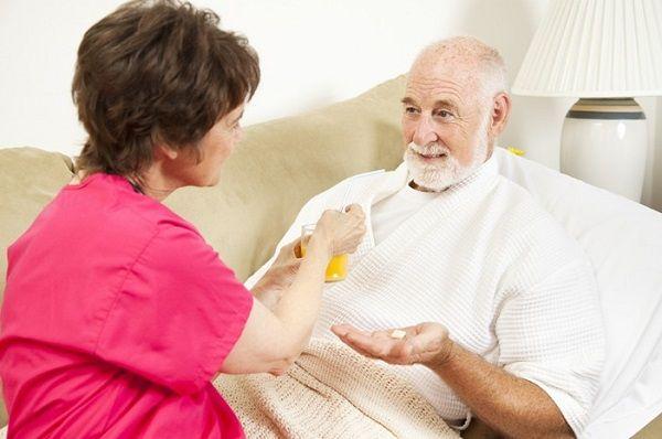 Người bệnh cần tuân thủ theo đúng phương pháp điều trị của bác sĩ và có chế độ ăn uống hợp lý sẽ giúp cải thiện sớm bệnh
