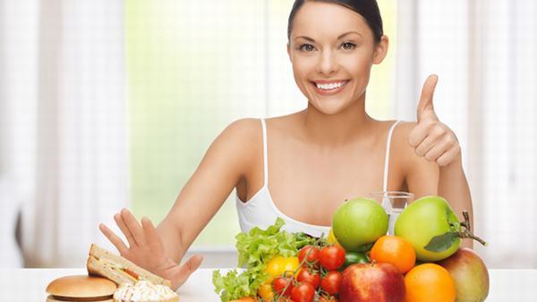 Áp dụng chế độ ăn uống hợp lý sẽ giúp phòng ngừa nguy cơ ung thư từ trào ngược dạ dày thực quản
