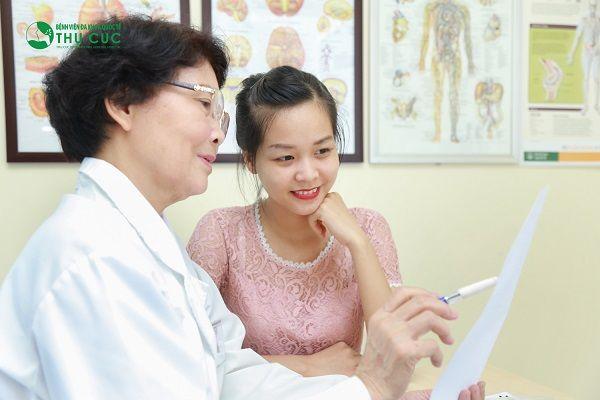 Người bệnh cần đi khám để có phương pháp chữa trị phù hợp