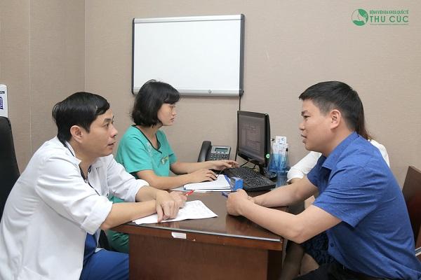 Người bệnh cần chủ động thăm khám và kiểm tra sức khỏe định kỳ nhằm theo dõi tình trạng sức khỏe, kịp thời xử lý biến chứng xảy ra