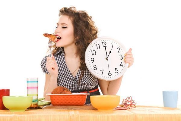 Người bệnh ung thư gan cần chia nhỏ bữa ăn trong ngày để giảm áp lực cho hệ tiêu hóa
