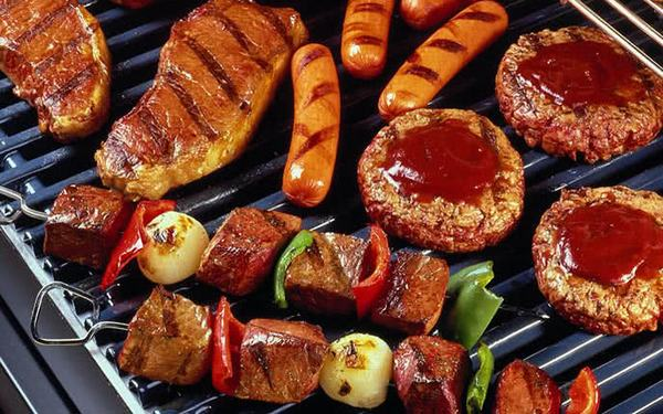 Thường xuyên ăn đồ chế biến sẵn không tốt cho sức khỏe, làm tăng nguy cơ mắc ung thư đường tiêu hóa