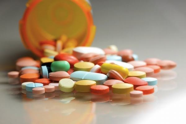Có vài trường hợp mắc viêm đại tràng cần phải sử dụng thuốc điều trị (theo chỉ định của bác sĩ)