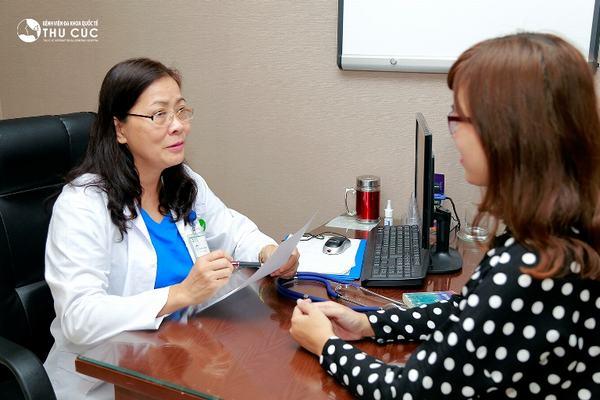 Người bệnh cần đi khám để bác sĩ tư vấn phương pháp chữa trị phù hợp