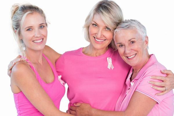 Ung thư vú thường xuất hiện ở độ tuổi từ 40 trở lên, đôi khi cũng gặp ở người trẻ tuổi.
