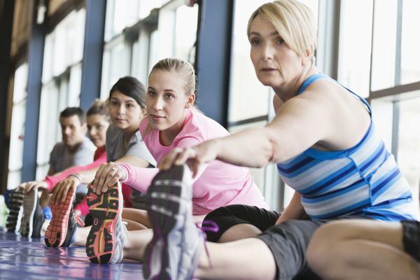 Tập thể dục đều đặn hàng ngày và có chế độ ăn uống đúng cách có thể giúp phòng ngừa ung thư vú hiệu quả
