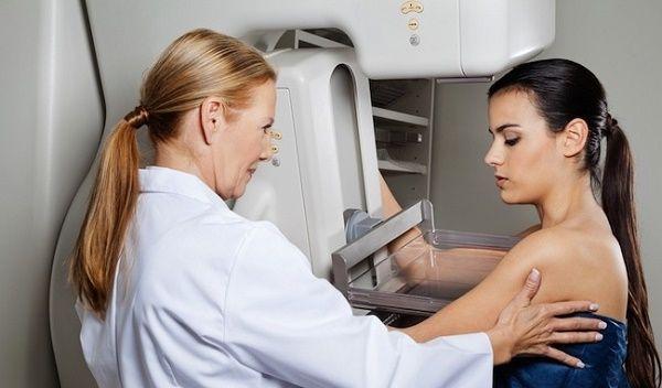 Chụp X quang phát hiện ung thư vú