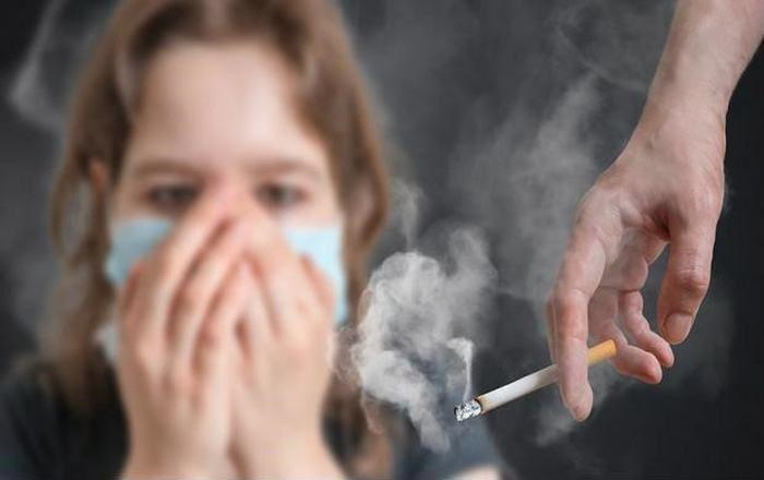 Ung thư phổi có liên quan tới thuốc lá và các yếu tố môi trường
