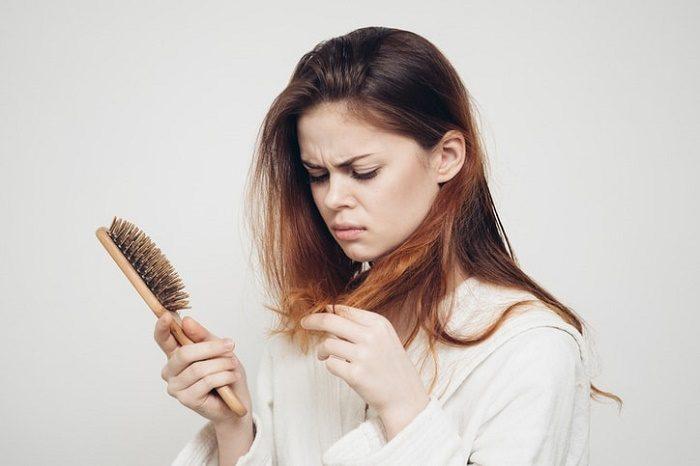 Bị ung thư phổi có rụng tóc không