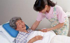 Khi người thân mắc ung thư phổi, bạn cần phải làm gì?