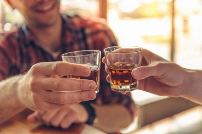 Lạm dụng rượu bia khiến cơ thể dễ mắc nhiều bệnh ung thư, trong đó có ung thư gan mật