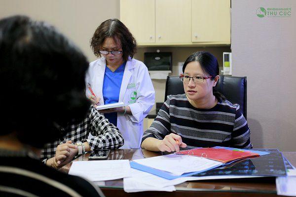 Bác sĩ See Hui Ti hiện đang công tác tại bệnh viện Thu Cúc